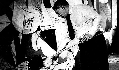 Guernica Being Painted